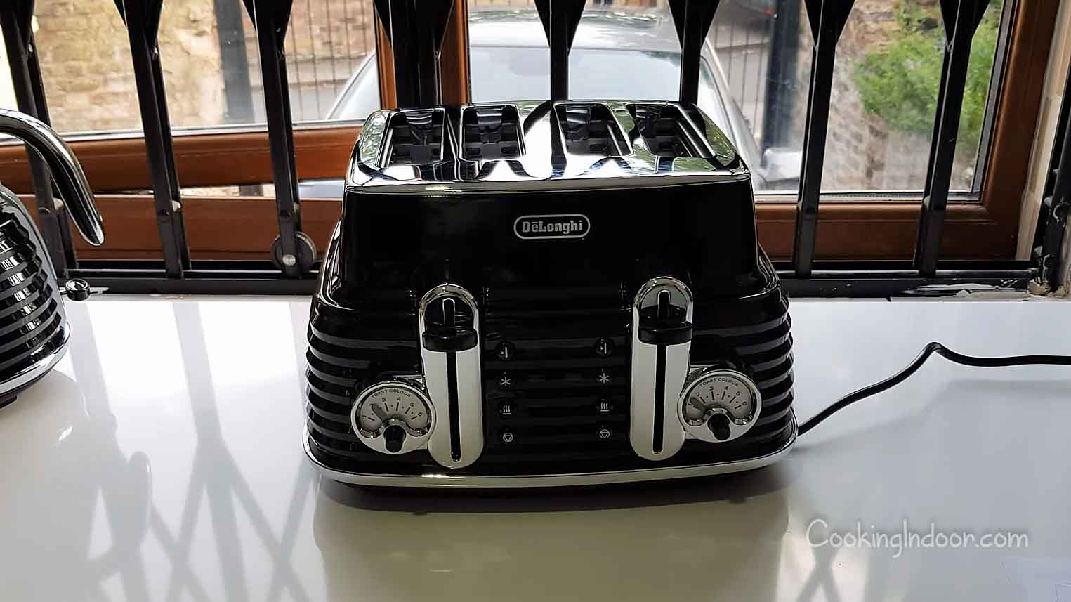 Best Delonghi toaster
